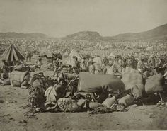 Old picture of Hajj in 1910.  I have always been interested in the history, the significance, the rituals, & the development and of the Haj experience over time...