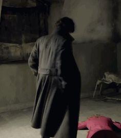 SHERLOCK (BBC) ~ Season Episode A Study in Pink. Sherlock (Benedict Cumberbatch) has a great coat for spinning around. Sherlock Bbc, Benedict Sherlock, Sherlock Fandom, Sherlock Coat, Johnlock, Martin Freeman, Saga, Vatican Cameos, Benedict And Martin