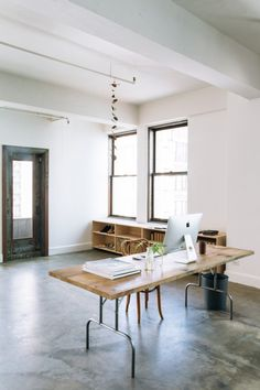 Chay Wike Studio LA Jessica Commingore photography (love the wooden top on folding table base) Workspace Design, Office Workspace, Home Office Design, Home Office Decor, House Design, Home Decor, Studio Design, Workspace Inspiration, Interior Inspiration