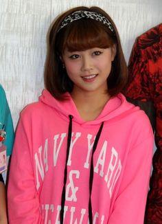 舞台『くるくると死と嫉妬』公開けいこ前に取材に応じた新垣里沙 / モーニング娘。 - Niigaki Risa