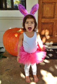 Inexpensive, easy & quick Halloween costumes for kids! {Bunny}
