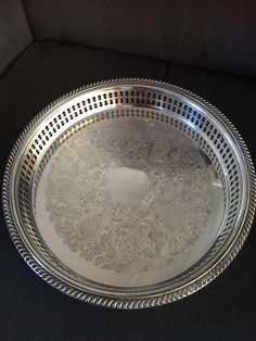 Engraved silver plated vintage drinks tray http://etsy.me/2EeT1QP #housewares #serving #ashberry #vintage #drinkstray #silverplated #teatray #engravedtray #hansenscottdesign