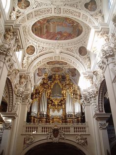 World's Largest Organ in St. Stephan's Cathedral, Passau, Germany