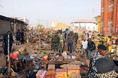 Frá vettvangi sprengjuárásar í Nígeríu í byrjun desember.