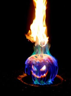 This Halloween jack o lantern features a veritable inferno of flames! The best part is that the fire lasts for an hour or two. You can color the flames or ad...