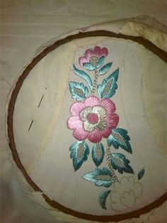 Nasma Naeem's media statistics and analytics Hand Embroidery Dress, Embroidery Suits Design, Hand Embroidery Stitches, Silk Ribbon Embroidery, Crewel Embroidery, Hand Embroidery Designs, Floral Embroidery, Fabric Painting, Needlework