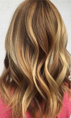 Spring is the perfect time to refresh your hair color! Get this balayage refresh look using Wella Blondor Freelights with 40 volume with Koleston Perfect 77/0 + 7/1 with 20 volume.