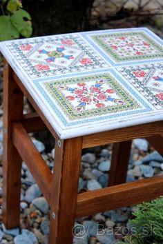 Folklórny / Mozaikový stolček stolička šomlík štokrla - Spišská Nová Ves, predám