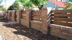 Nna. Ilyen kerítés nem lenne rossz... :)