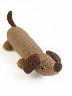 Download Amigurumi Wiener Dog Amigurumi Pattern (FREE)