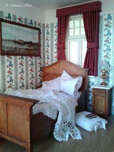 Wonderful miniature bedroom in 1/12 scale