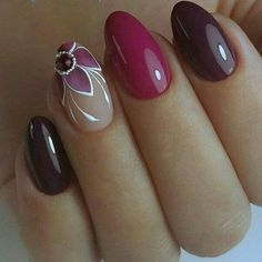 Love these girlie gorgeous nails!