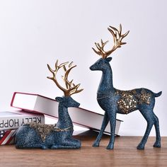 2 Pieces of European Ornaments Resin Crafts Nordic Deer Wine Cabinet Sculpture Statue Creative Living Room Desk Home Decorations - WaliIdercorStore Reindeer Decorations, Handmade Decorations, Cement Crafts, Resin Crafts, Diy Gifts Videos, Deer Statues, Home Decor Bedding, Art Drawings For Kids, Wine Cabinets