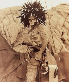 Free archive of historic Native American Indian Tribes Photographs, Pictures and Images. Photographs promote the Native American Tribes culture Native American Warrior, Native American Pictures, Native American Tribes, Native American History, American Indians, Indian Pictures, Indiana, Cheyenne Indians, Dog Soldiers