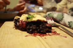 vegan blueberry pie goodness | hemlocks and raindrops
