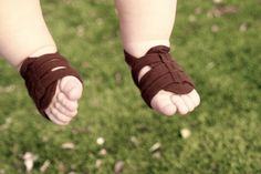 The perfect Summer sandal for baby boys! ToeBuds by ToeBlooms!