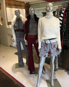 Looks vitrine  #news#modafeminina#tiarajuboutique#preview#vemver#inlove#fashionista #fashiontime #vitrine #vitrinismo #tudolindo #moda #itgirl #instagood#lookdodia #ootn #necklace#outfit #ootd #picoftheday #temnatiaraju #moda #acessorios #trend #modafeminina        trend trendy top fashion design beauty
