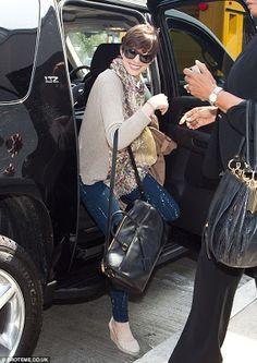 Anne Hathaway style