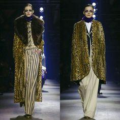 Top looks on the runway #DriesVanNoten Ready To Wear Fall Winter 2016 Paris #PFWlive #pfwaw16 #parisfashionweek #parisfashion #runwaytrends #runwaymodels #runwayhair #readytowear #womensfashiontrends #luxury #runwaylooks #fashionbloggers #styletips  #fallfashiontrends #vogue #wwd #fashionbrands #paris