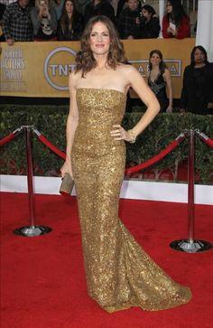 Jennifer Garner in Oscar de la Renta. www.wearelse.com
