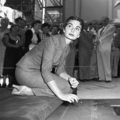 Jean Simmons at Grauman's Chinese Theater - 42-16655775 - Rights Managed - Stock Photo - Corbis
