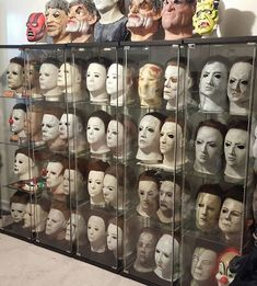 All Horror Movies, Horror Movie Characters, Horror Films, Scary Movies, Halloween Film, Scary Halloween, Halloween Ideas, Horror Room, Michael Myers Mask