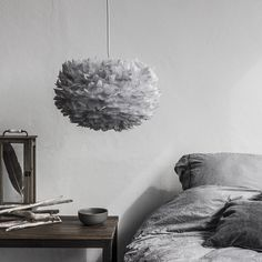 Bring a touch of glamor to any room in your home by featuring the VITA copenhagen Eos Micro Feather Pendant Light. This mod pendant light features a paper shade, adorned with goose feathers for incredible texture. Feather Light Shade, Feather Lamp, Light Shades, Silver Light Shade, Grey Lamp Shades, Eos, Luxury Bedroom Design, Modern Interior Design, Minimalist Interior