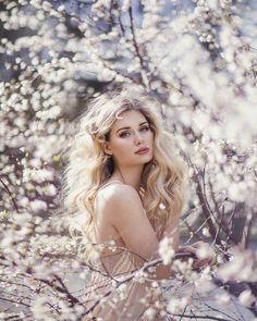 Spring!! model @spicynuggetleah