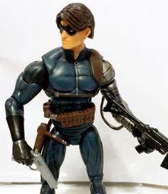 WINTER SOLDIER • C8-9 • 100% COMPLETE W/CUSTOM WEAPONS • MARVEL UNIVERSE HASBRO