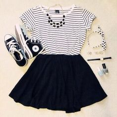 I wish I had this outfit. Maybe add some black tights and it would be adorable.
