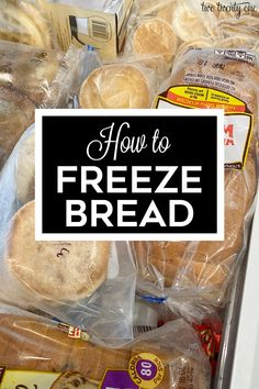 How to freeze bread and other baked goods to maintain freshness! Make your bread and baked goods last longer by freezing them. Freezer Cooking, Easy Cooking, Cooking Tips, Cooking Recipes, Crockpot Recipes, Vegan Recipes, Snack Recipes, Freezer Recipes, Family Recipes