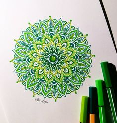 Green mandala  I used Stabilo point 88 and 68. Love working with these pens! They come in so many beautiful colours!  I got mine in A4 in Reykjavík but if you're not in Iceland, you can probably find them in your local art store
