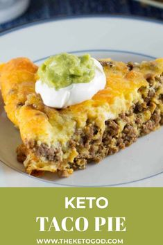 This Taco Pie is a perfect Keto dinner for the family. This Keto Taco Pie is packed full of Keto staples including cheese, hamburger, sour cream, and guacamole made from fresh avocados. This Keto Taco Pie is simple to make, but oh so delicious. Diet Recipes, Cooking Recipes, Healthy Recipes, Delicious Recipes, Low Carb Hamburger Recipes, Ground Beef Keto Recipes, Shrimp Recipes, Lunch Recipes, Diabetic Dinner Recipes