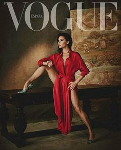 #VictoriaBeckham covers the #February #2018 issue of #Vogue #Spain #beauty #style #chic #glam #haute #couture #design #luxury #lifestyle #prive #moda #instafashion #Instastyle #instabeauty #instaglam #fashionista #instalike #streetstyle #fashion #photo #ootd #model #blogger #photography