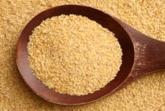 Wheat Germ recipes -Wheat germ can increase your sense of being full, stabilize blood sugar, and decrease cravings. Add this cheap and easy superfood to your meal plan. Easy Smoothies, Smoothie Recipes, Strawberry Banana Smoothie, Wheat Germ, Anti Inflammatory Recipes, Exotic Food, Spa Water, Salmon Recipes, Kombucha