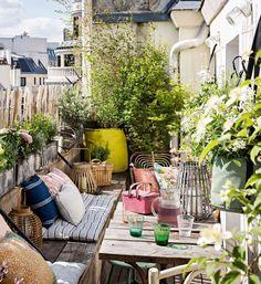 Lots of seating, planting and of course colour! Small Balcony Garden, Small Balcony Decor, Balcony Plants, Balcony Design, Rooftop Garden, Outdoor Rooms, Outdoor Gardens, Outdoor Living, Outdoor Decor