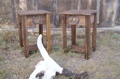 Rustic Western End Table With Horse Shoe Accent