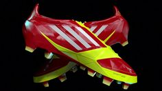 A 3D CG animation exploring the Adizero F50 miCoach boot. A Shoe with a brain! An onboard chip analyzes speed, distance and level of work during a game.  Elyarch…