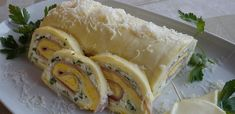 Tojásos-sonkás sajttekercs - Cheese roll with egg and ham Cheese Rolling, Hungarian Recipes, Hungarian Food, Spanakopita, Fresh Rolls, Ham, Sushi, Appetizers, Mexican