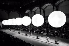 Love these light balls.  Yves Saint Laurent show in Paris' @ Grand Palais '08
