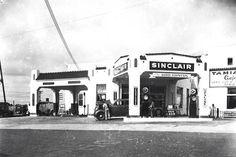 Sinclair Gas Station, Brooksville, Florida Date Unknown Old Florida, Vintage Florida, Main Street, Street View, Brooksville Florida, Old Gas Stations, Vintage Photos, Fountain, Mansions