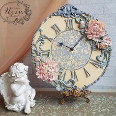 Всем хорошего вечера и позитивных выходных!!!👍❤ . #студия_изэль #цветочнаяживопись #цветы #скульптурнаяживопись #живопись #рисую #галерея… Clock Craft, Diy Clock, Clock Painting, Sculpture Painting, Cute Clock, Decoupage Art, Shabby Chic Decor, Flower Art, Art Pieces