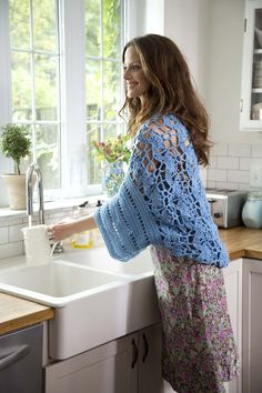 This oversized floral shrug is a customer favorite! Make it now and save 20% on the yarn for a limited time! Free crochet pattern calls for 11 balls of Kitchen Cotton and sizes F-5 (3.75mm) and J-10 (6mm) crochet hooks.