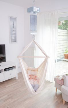 33 products that save your ass when you have a baby .- 33 Produkte, die euch den Arsch retten, wenn ihr ein Baby habt 33 products that save the parents of little babies the ass - Baby Room Boy, Parents Room, Baby Zimmer, Small Baby, Having A Baby, Diy Home, Home Decor, Room Organization, Little Babies