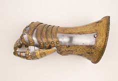 The Metropolitan Museum of Art - Gauntlet for the Right Hand