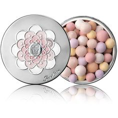 Guerlain Meteorites Pearls Stardust Illuminating Powder (265 RON) ❤ liked on Polyvore featuring beauty products, makeup, face makeup, face powder, beauty color highlighters, guerlain and illuminating face powder
