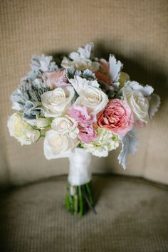 Roses. hydrangea. dusty miller. Exquisite Designs By DLS. Photography: heidi-o-photo - www.heidiophoto.com