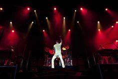 Adam Levine......LOVE!!!!!!!!!!!!