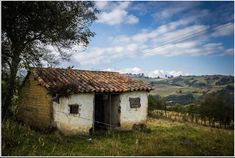 World Best Photos, Glamping, Cool Photos, Architecture, House Styles, Home Decor, Left Out, Colombia, Abandoned Houses
