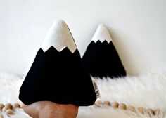 Who else loves a bit of monochrome? Find these cute mountain pillows at www.lilyrazz.com